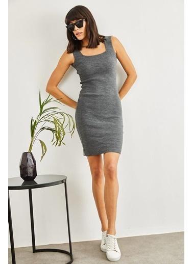 Sortee Kadın Kare Yaka Elbise Gri